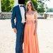 Persiko spalvos suknelė