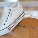 Balti stilingi sportiniai bateliai