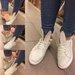 Įvairių dydžių batai zuikučiai
