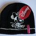 juoda kepuraitė disney