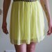 Geltona suknute