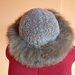 Pilka lapės kailio kepurė