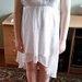 Trumpa balta suknelė