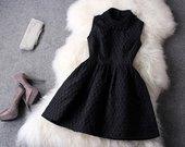 Miumiu stiliaus dailutė suknelė