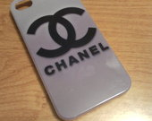 2 €       Chanel iPhone4