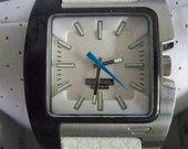 Originalus Diesel laikrodis