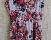 Gėlėta medvilninė suknelė