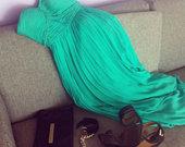 nuostabi šilkinė suknelė