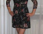 Marga gipiūrinė suknelė