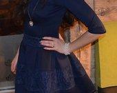 pusta suknelė