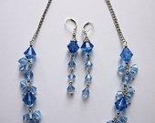 Mėlynas rinkinys: auskarai + kaklo papuošalas