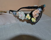 Dolce Gabbana modelio akinukai