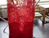 raudona gifiurine suknele