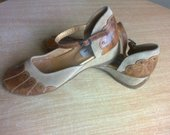 naturalios odos basutes-sandalai