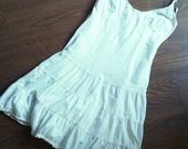 Balta vasariška suknelė