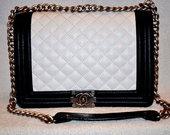 Chanel bag balta su juodu