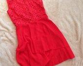 Labai ryški, puošni nauja suknelė