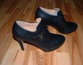 Nauji / aukštakulniai batai
