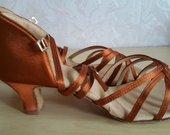 Nauji Amerikos lotynų šokių bateliai / basutės