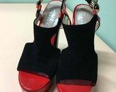 Nauji aukštakulniai batai