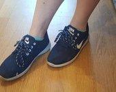 Nike roshe run!!!