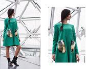 Vilnonė suknelė su kailinėmis kišenėmis