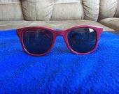 Bordo akiniai nuo saulės