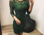 Žalia neriniuota suknele