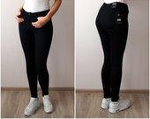 Juodos elastingos kelnės