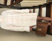 Nauji balti naturalios audines kailiniai