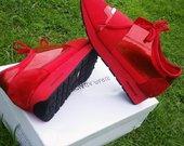 Balenciaga raudoni kedukai