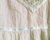 Suknelė ant petnešėlių