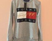 tommy Hilfiger pilkas megztinis