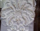 Vestuvines baltos pirstynes