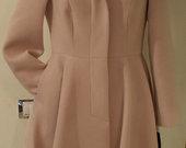Naujas klasikinis paltas