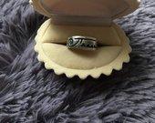 gražus sidabrinis žiedukas