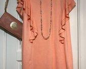 Madinga koralu spalvos suknele