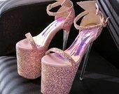 Striptizo batai