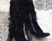 batai su kutais
