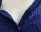 Mėlynas bodis su sagutėmis ir šortukais