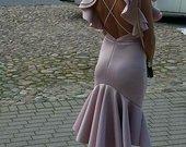 Nauja įspūdinga suknele