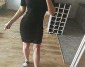 Nauja HM suknele