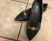 Versace bateliai