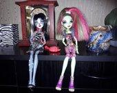 Monster High leles; Persefone ir Venus. 5.50eur.