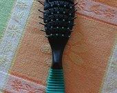 Naujas paprastas nedidelis plaukų šepetys