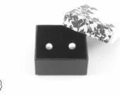 Sidabriniai auskarai su perlais nuo 13€