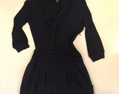 Klasikinė juoda suknutė