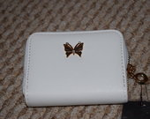 Miela balta piniginė su drugeliu