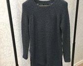 Tamsiai žalios spalvos megztinis