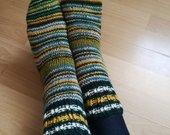 Rankų darbo kojinės
